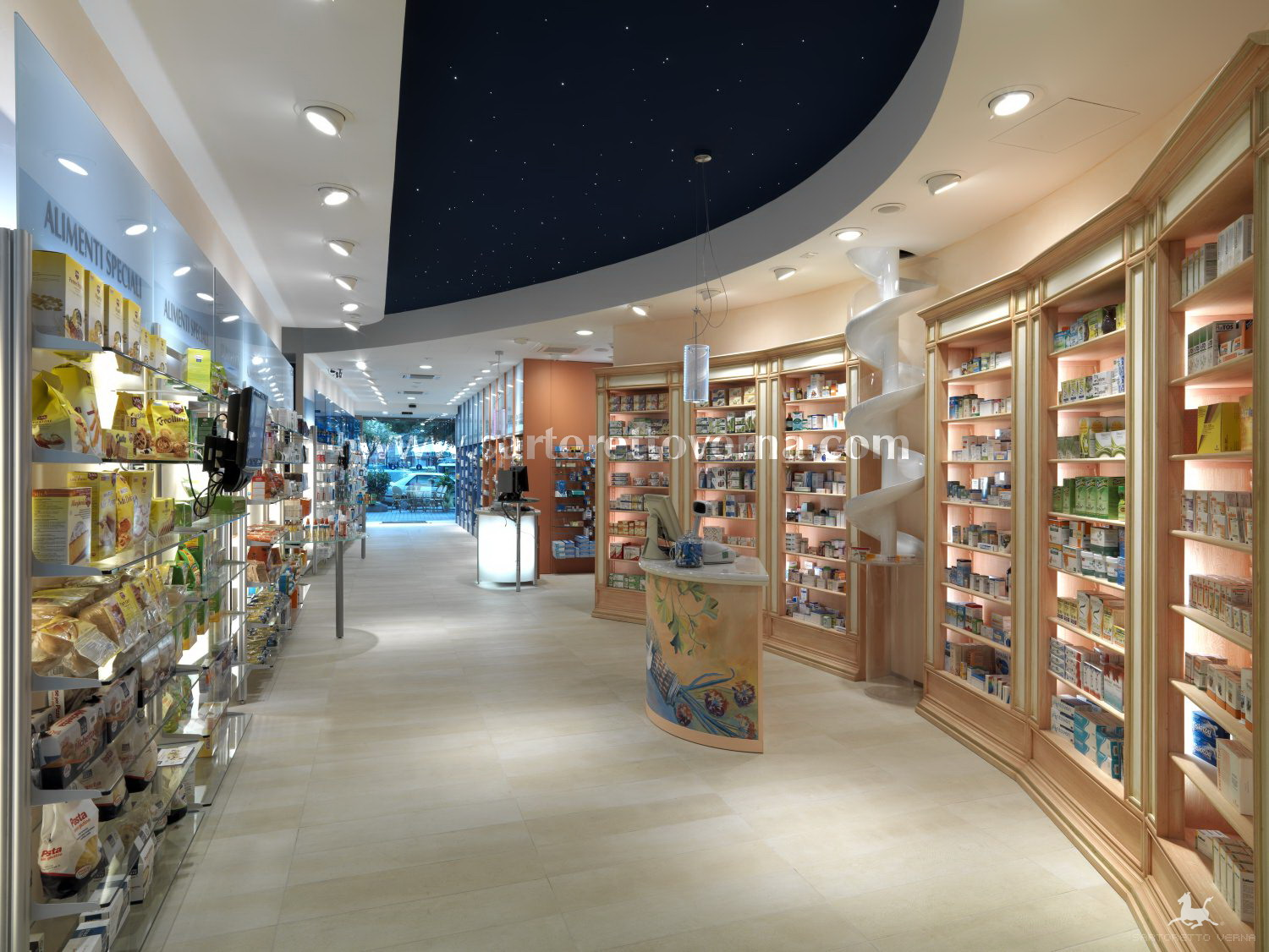 Pharmacy Design Ideas estanteria de la farmacia Ideas For A Forward Thinking Pharmacy