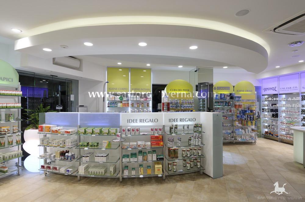 Farmacia Dr Guerra Napoli. 03 2011